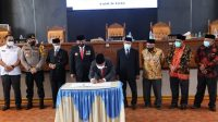 DPRD Kabupaten Dharmasraya Umumkan Penetapan SR-Labuan Sebagai Bupati dan Wakil Terpilih