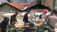 Melihat Kondisi Gempa, Satbrimob Polda Sulbar Dan Polsek Malunda Bikin Posko Pengungsian Sementara