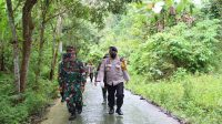 3 Km Jarak Tempuh Dilalui Tim Evakuasi Korban Longsor Dengan Berjalan Kaki