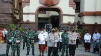 Cek Penegakan Prokes, Panglima TNI Dan Kapolri Kelilingi Dua Pasar Di Bali