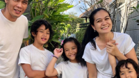 """Potret Keluarga """"PAY BIP' Yang Memiliki Istri Cantik Dan Anak Menggemaskan"""