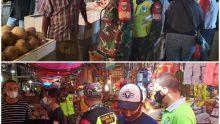 PPKM Skala Mikro, Babinsa Koramil 04/Jatiasih Bersama Tiga Pilar Ajak Pengunjung Pasar Disiplin Prokes