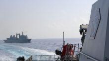 Sebelum Sandar di Pelabuhan Jeddah KRI SHN-366 Passing Exercise Dengan Kapal Perang Arab Saudi