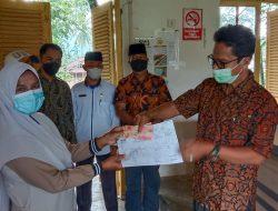 UPZ Kecamatan Lintau Buo Menyalurkan Dana Konsumtif Lebaran Dari BAZNAS Tanah Datar Kepada 34 Mustahiq Di Lintau Buo