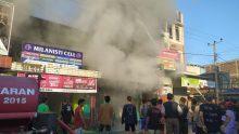 Kebakaran Satu Unit Rumah Kios di Pekkabata Duampanua Pinrang