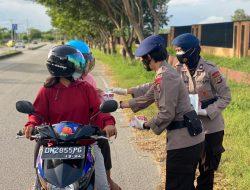 Satuan Brimob Polda Sulteng Adakan Giat Bagi Takjil Selama Bulan Ramadhan