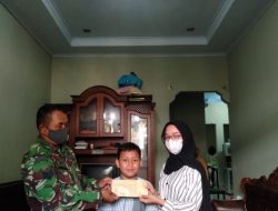 Wujud Kepedulian Keluarga Besar Koramil 03/Teluk Pucung Berikan Taliasih Kepada Keluarga Warakawuri Dan Yatim Piatu