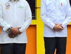Jokowi dan Tengku Rusli Ahmad Ketum DPP Santri Tani NU Berdialog Singkat Disela Kunker ke Pekanbaru