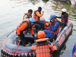 Sepenggal Cerita Capt Ajik Dan Capt Pangat Personel SAR Ditpolairud Polda Jateng, Dalam Mencari Korban Tenggelam Di Waduk Kedung Ombo