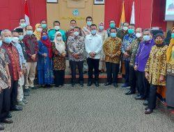 Tingkatkan Kerja Sama, Bupati Rusma Yul Anwar Bertemu Dengan Rektor UNP Prof. Ganefri, Ph. D