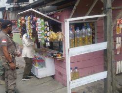 Pedagang Minyak Eceran Di Kota Kualasimpang Ditertibkan