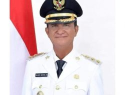 Wakil Bupati Sangihe Helmud Hontong dikabarkan meninggal di dalam pesawat