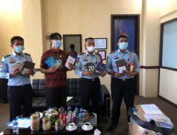 Lapas Padang Terima Bantuan 500 Judul Buku