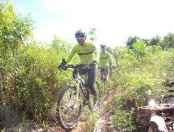 Kenalkan Potensi Wilayah, Pangdam XII/Tpr dan TCC Gowes ke Gunung Ambawang