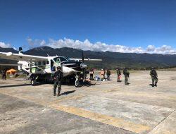 Satgas Paskhas Kendalikan Kembali Operasional Penerbangan Di Bandara Ilaga Puncak Papua