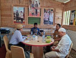 Deputi Bank Indonesia Riau bahas Festival Syariah dan Riau Berwakaf ke Kediaman Ketua DPP Santri Tani Nu T.Rusli Ahmad