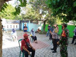 Babinsa Dampingi Tim Kesehatan Swab PCR Pegawai Kelurahan Karangtengah