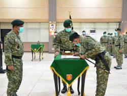 Kaskostrad Pimpin Penyerahan Jabatan Dandenma dan Kabintal Kostrad Serta Tradisi Korps Prajurit Kostrad