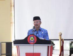 Bupati Drs. H. Iksan Iskandar, M.Si, Sekda Jeneponto dan Asisten III Buka Kegiatan Coaching Clinic PMPRB 2021