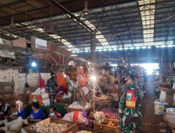 Tertib Masker Giat PPKM Mickro PD. Pasar Induk Jaya oleh Babinsa, Satpol-PP dan Security Kramatjati