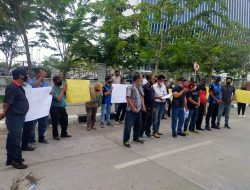 Gabungan wartawan Lakukan Aksi Turun Kejalan Minta Ringkus Pembunuh Marsal Harahap
