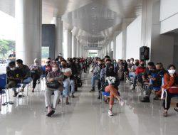 Bandar Udara Internasional T1 Juanda Kembali Menjadi Ajang Vaksinasi TNI AL( Puspenerbal).