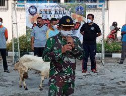 SMK Khusus Angkatan Laut KAL-1 Surabaya Sembelih Hewan Qurban