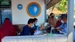 """TNI AL Laksanakan """"Ronda Vaksinasi"""" Terhadap Masyarakat Pesisir Tanjung Kait Banten"""
