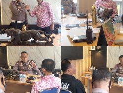 Ketua PWI Dharmasraya Pererat Tali Silaturahmi Dengan Kasat Lantas Polres Dharmasraya Yang Baru
