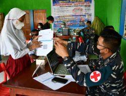 GENCARKAN SERBUAN VAKSIN MARITIM, TNI AL LANTAMAL X BERKOLABORASI DENGAN DHARMA WANITA PROVINSI PAPUA