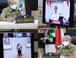 Ratas Virtual Bersama Presiden RI Joko Widodo Dengan Beberapa Kepala Daerah